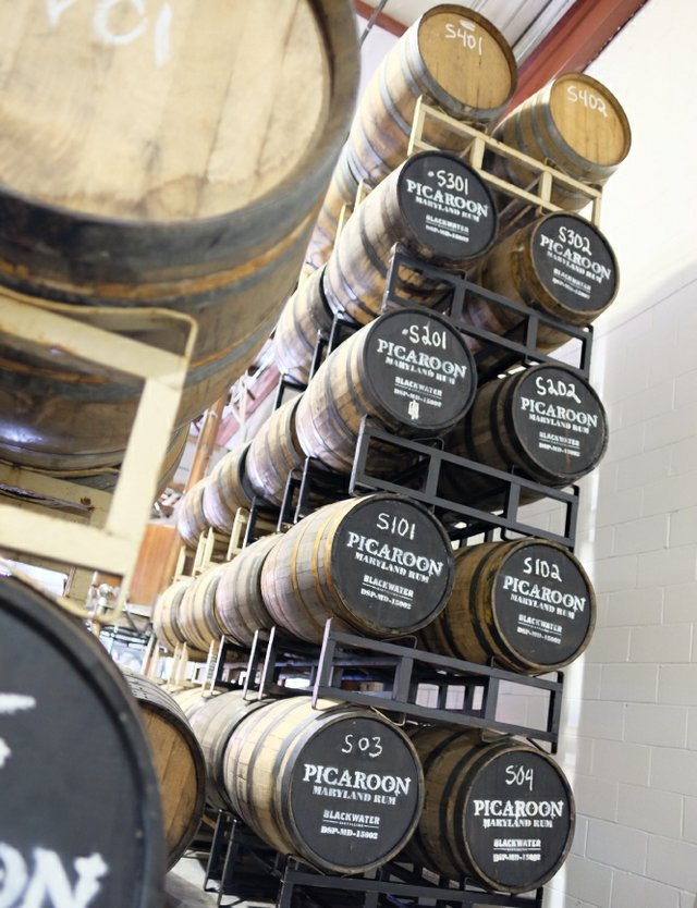 Picaroon Stacked barrels
