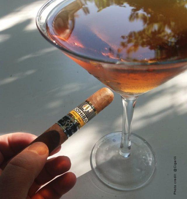 Cohiba cigar.jpg