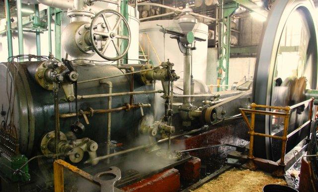 Steam Engine.jpg