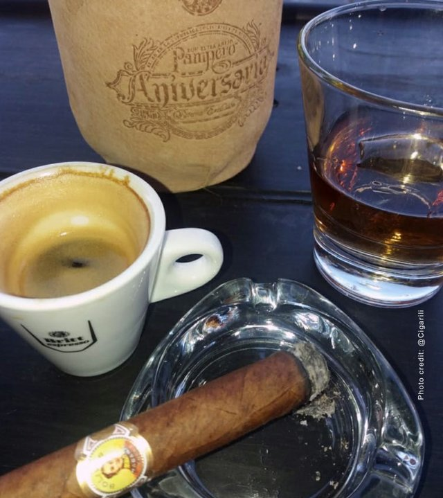 Coronas Junior Cigar