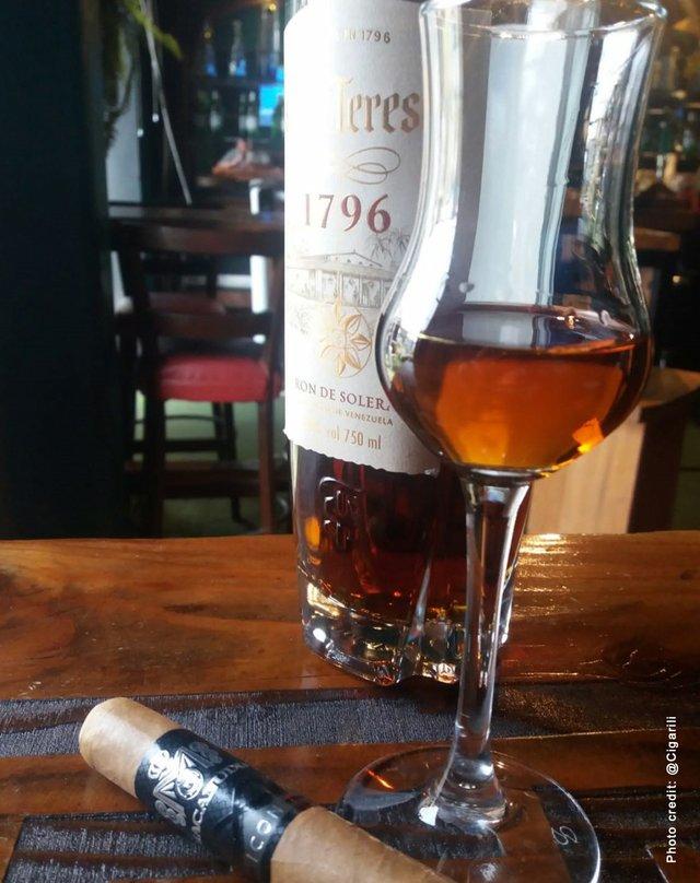 Santa Teresa 1976 rum