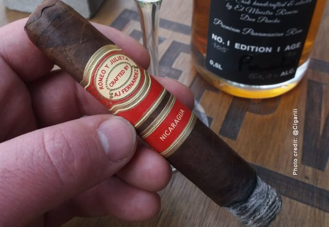 Robusto from AJ Fernandez Romeo y Julieta cigar