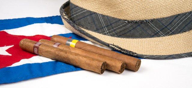 February 2015 Cigar & Rum Pairing: Cuba